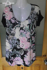Ladies Papaya Weekend Longer Length Floral Top Size 12, New with Tags