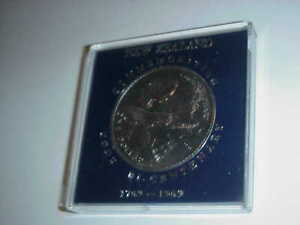 1969  NEW ZEALAND COMMEMORATIVE BICENTARY COIN