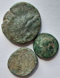 ANCIENT GREEK COINS. LOT OF 3 COINS.