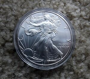2011 1 OZ AMERICAN SILVER EAGLE UNCIRCULATED   B GRADE