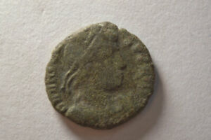 ANCIENT ROMAN BRONZE COIN EMPEROR VALENS