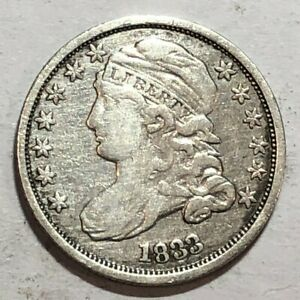1833 CAPPED BUST US SILVER DIME. VF/F. Q1