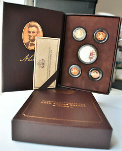 2009 LINCOLN COIN & CHRONICLES SET   4 DIFFERENT CENTS & SILVER LINCOLN DOLLAR