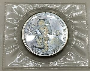 MARSHALL ISLANDS 1989 COIN   5 DOLLARS   FIRST MEN ON THE MOON   LOT B