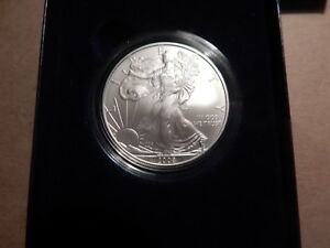 2008 WEST POINT MINT UNCIRCULATED SILVER EAGLE WITH ORIGINAL PACKAGING