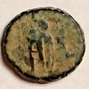 LY NICE ANTIQUE ROMAN  COIN  4TH   5TH CENTURY AD DUG IN EUROPE