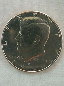 1990 P  KENNEDY HALF A FANTASTIC ADDITION TO ANY COLLECTION  NICE PRICE