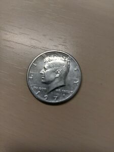 1971 D DENVER MINT CLAD KENNEDY HALF OFF CENTER ERROR  UNCIRCULATED