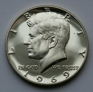 1969 S KENNEDY HALF DOLLAR GEM LIGHT CAMEO PROOF CONDITION 40  SILVER US COIN