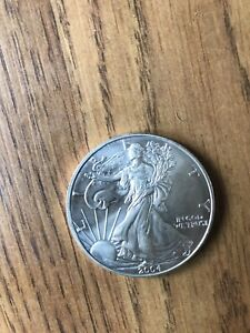 2004 1 OZ AMERICAN SILVER EAGLE UNCIRCULATED REALLY NICE AWESOME PRICE