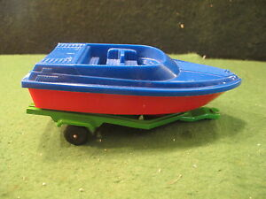 strombecker hitch up plastic boat