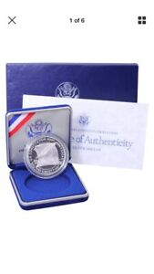 1987 S CONSTITUTION BICENTENNIAL PROOF COMMEM 90  SILVER DOLLAR COIN IN BOX