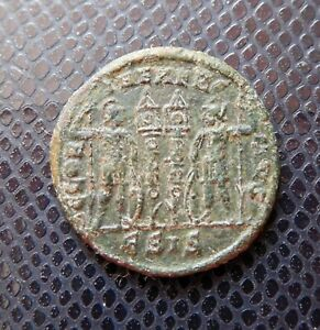 ROMAN IMPERIAL   EMPIRE / ANCIENT BRONZE COIN / 5.
