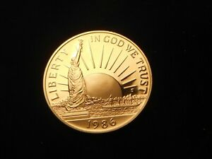 US 1986 S PROOF UNCIRCULATED CLAD STATUE OF LIBERTY HALF DOLLAR COIN