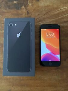 APPLE IPHONE 8   64GB   SPACE GRAY  AT&T    CRACKED BACK