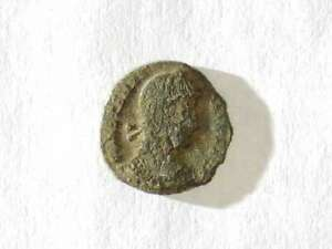 ANCIENT ROMAN COIN AE3   UNIQUE LOT P12604