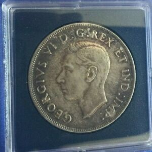 1945 CANADIAN SILVER DOLLAR  $1    UNC. GEORG VI OLD COIN .