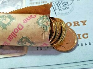 2004 AUSTRALIA ONE $1 DOLLAR COIN MOB OF ROOS UNCIRCULATED FROM MINT ROLL.