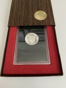 1972 S $1 SILVER EISENHOWER PROOF DOLLAR  40  SILVER PACKAGED BY U.S MINT