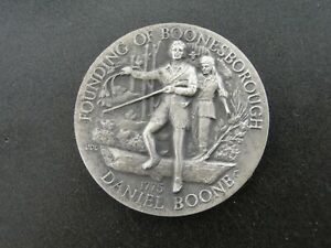 1775 DANIEL BOONE LONGINES STERLING SILVER ROUND   34.58 GRAMS