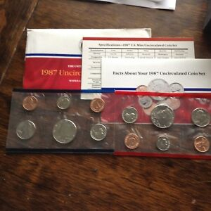 1987 D & P UNCIRCULATED MINT SET W/ENVELOPE