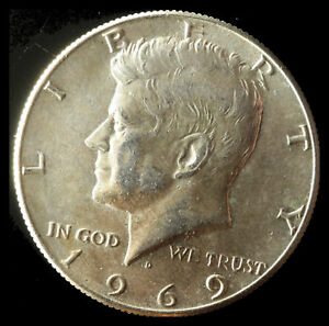 1969 D KENNEDY 40  SILVER CLAD HALF DOLLAR SHIPS FREE. BUY 5 FOR $2 OFF