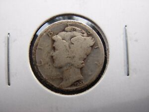 VERY NICE ORIGINAL BETTER DATE 1924 S MERCURY DIME. 2