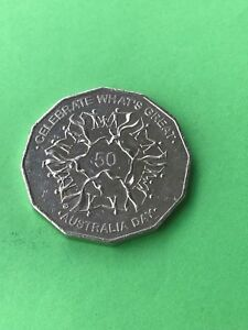 LOVELY 2010 AUSTRALIA FIFTY CENT COIN COMMEMORATING AUSTRALIA DAY 50 CENTS