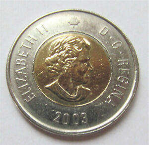 2003 CANADA 2 DOLLAR TOONIE WITH OLDER QUEEN'S PICTURE   COMBINED SHIPPING