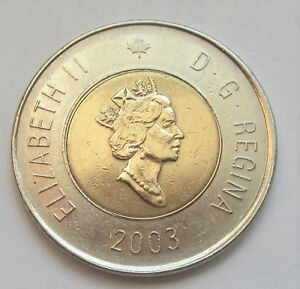 2003 CANADA 2 DOLLAR TOONIE YOUNG QUEEN'S PICTURE WITH CROWN   COMBINED SHIPPING