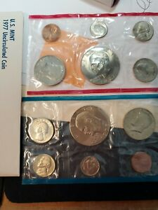 1977 US MINT UNCIRCULATED COIN SET 2 EISENHOWER DOLLARS 12 COIN SET P AND D