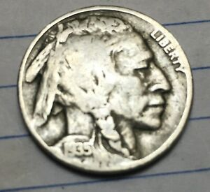 1935 D  BUFFALO NICKEL WITH FULL READABLE DATE