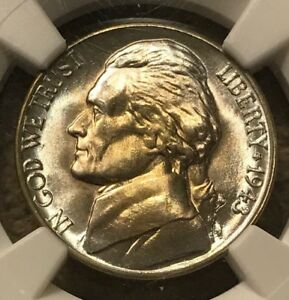 1943 D NGC MS67  5FS JEFFERSON NICKEL 5 CENTS   FULL STEPS   YELLOW TONING
