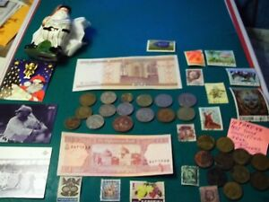 COINS 45 PIECE LOT 15 FOREIGN COINS 10 TOKENS 2 FOREIGN PAPAPER MONEY