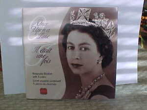 QUEEN ELIZABETH 2002 50TH ANNIVERSARY FOLDER & 50 CENT COINS