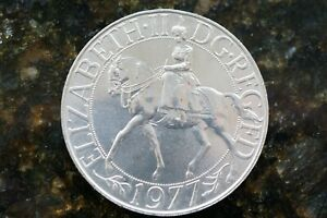 1977 SILVER JUBILEE UNCIRCULATED CROWN / 25P COIN