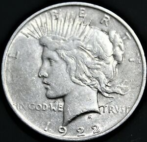 1922 D AVERAGE TO LIGHT CIRCULATED PEACE DOLLAR   BEAUTIFUL COIN. LOWER MINTAGE
