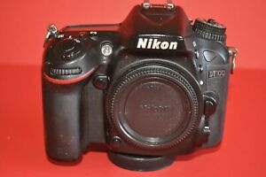 DIY  NIKON D7100 24.1MP DSLR CAMERA BODY ONLY IT WORKS..NEEDS TLC..WOW