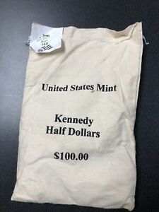 US MINT KENNEDY HALF DOLLAR P & D BAGS OF $100 UNOPENED. 2006