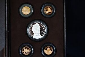 2009 LINCOLN COIN AND CHRONICLES SET W/ SLIP COVER DISPLAY CASE & COA
