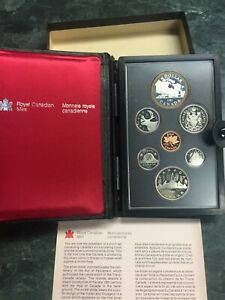 1981 ROYAL CANADIAN MINT 7 COIN  DOUBLE DOLLAR PROOF SET WITH CASE AND COA