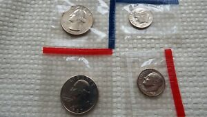 1987 P & D QUARTER AND DIME FROM UNCIRCULATED MINT SET