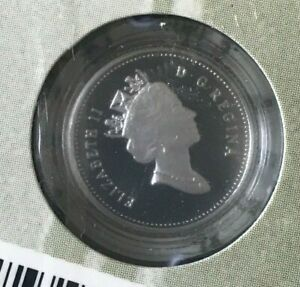 2000 CANADA 10 CENTS SILVER PROOF   NEW ON SLIGHTLY DAMAGED CARD