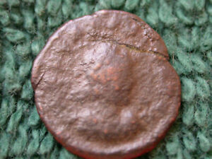 ROMAN WIDOWS MITE SIZED BRONZE COIN C 50 BC / 400 AD