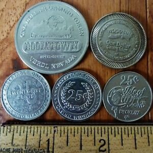5 CASINO TOKENS 3 CANADA 25 CENTS 1 USA $1 AND 1 CANADA $1   ALL DIFFERENT