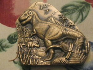 BRONZE SOCIETY OF MEDALISTS DINOSAUR FOSSILS MEDALLION BY DON EVERHART MIB T.REX
