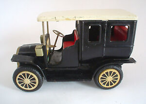 tin friction ford model t toy car