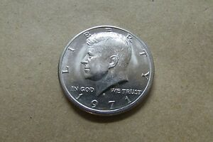 1971 D KENNEDY HALF DOLLAR COIN   LOT N01