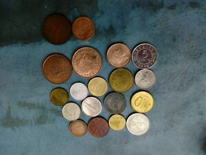 WORLD COIN LOT OF 19 PCS T27