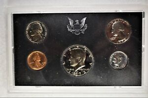 1972 S US MINT 5 COIN PROOF SET IN BLUE BOX 1223